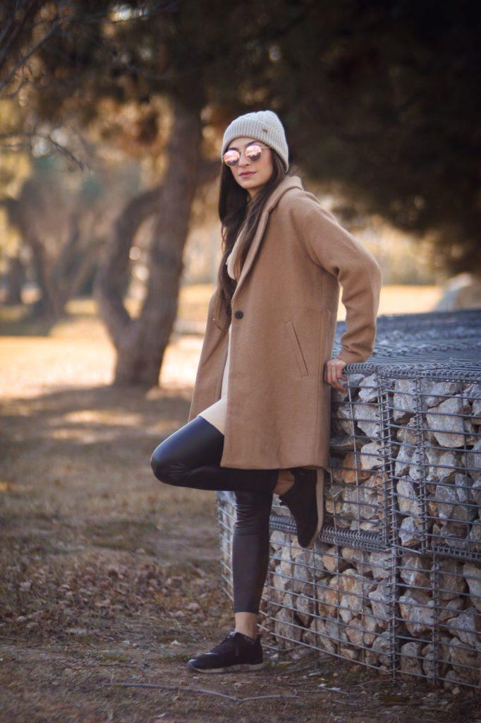Jaka czapka do eleganckiego płaszcza