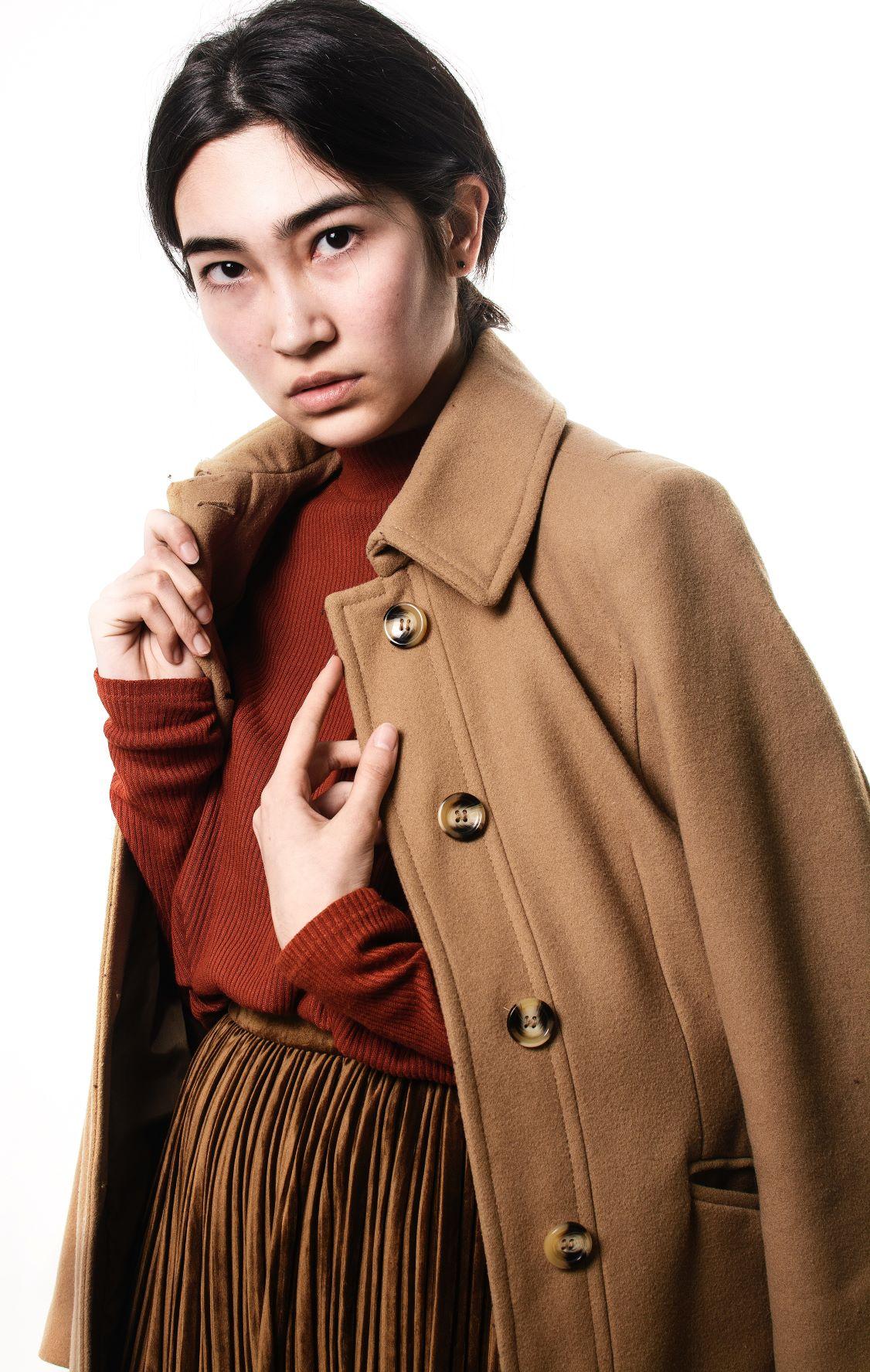 Jak można wyprasować płaszcz z wełny