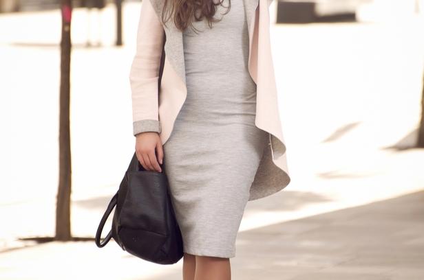 sukienka dresowa modne stylizacje