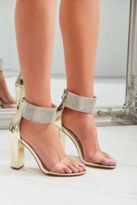 buty do miętowej sukienki