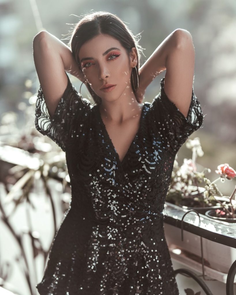 cekinowa sukienka damska