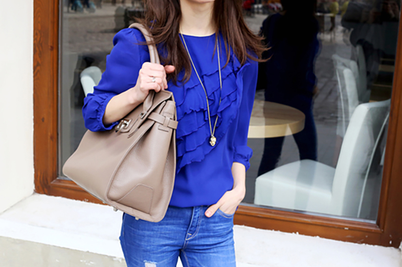 niebieska bluzka damska