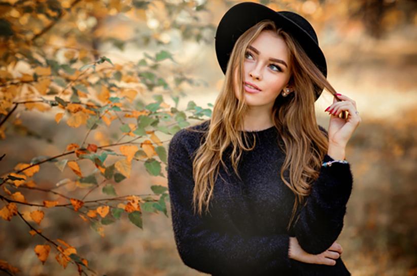jak nosić czarny kapelusz