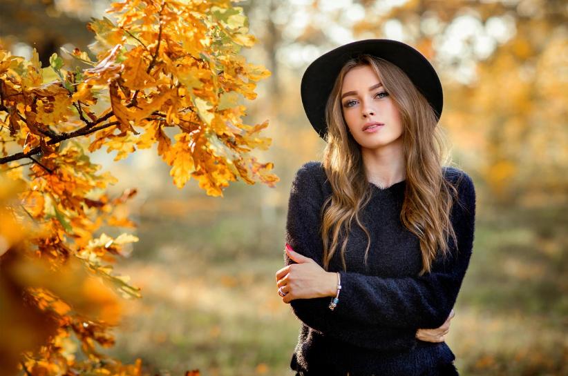 czarny sweter stylizacje